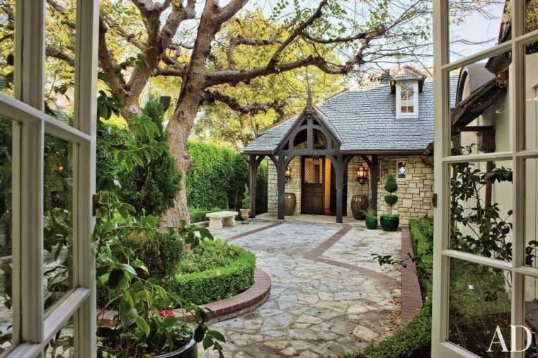 RUSTIC EXTERIOR BY LANE-MCCOOK & ASSOCIATES - Kelsey Grammers Home in Los Angeles, CA
